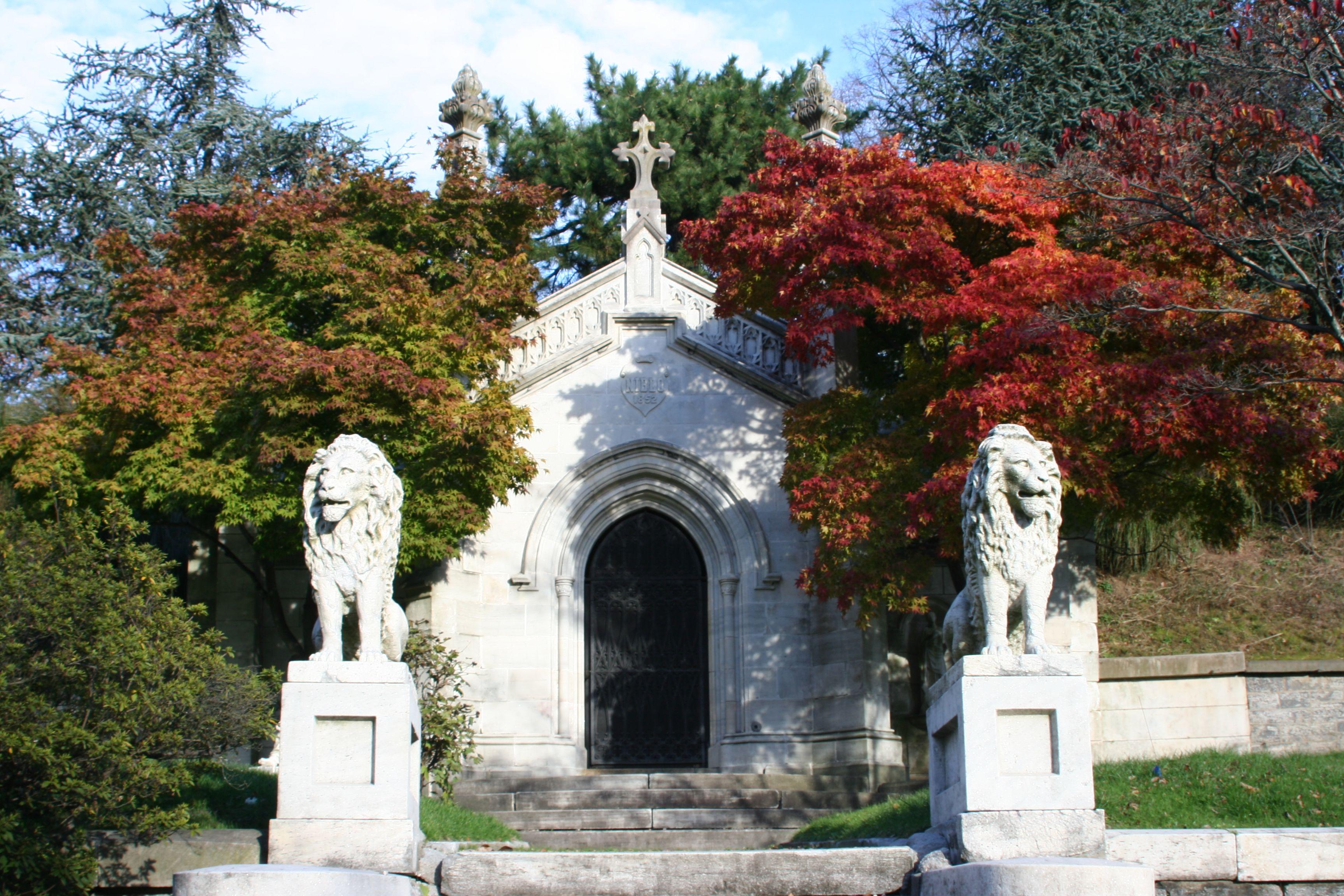 Image result for mausoleum of William Niblo,