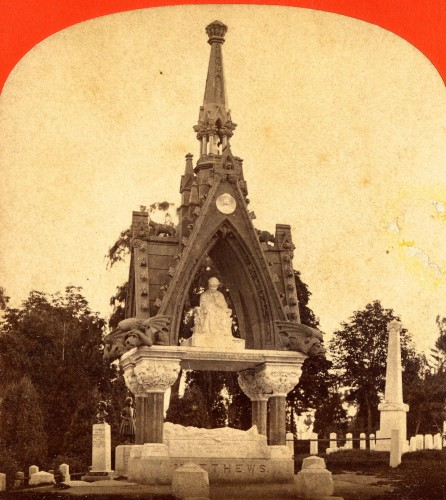 A half-stereoscopic view of the Matthews Monument, circa 1875.