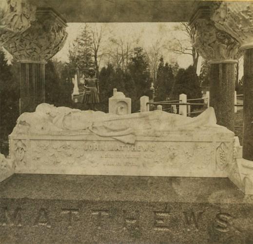Effigy of John Matthews. Half stereoview, circa 1875.