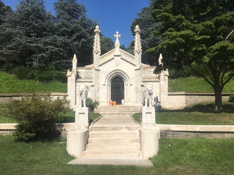 Niblo Mausoleum